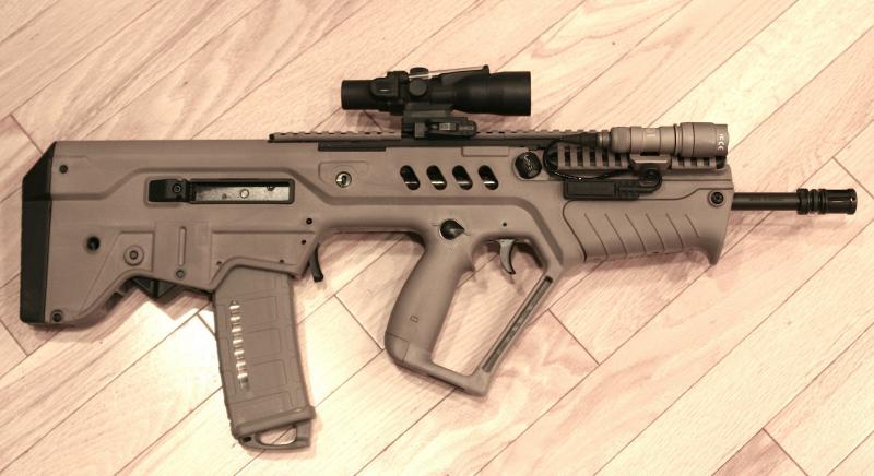 "SAR-21 Tavor with 16"" Barrel in FDE"